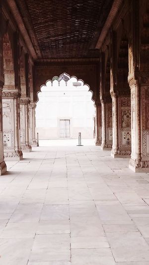 Redfort Delhi India Corridor Architecture Palace History Viewpoint My Point Of View Old Palace With Beauty Most Beautiful Palace I Have Known So Far Travel Destinations Eyeem India EyeEm Vision EyeEm Gallery EyeEmNewHere EyeEm Beautiful Capture Eyemphotography