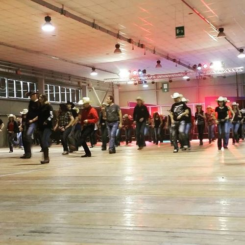Country dance time. 2 days no stop Countrymusicfestival Country Countrylife Countrymusic  Aaronwatson Linedancer Linedancers Twostepping Twostep Twosteppin