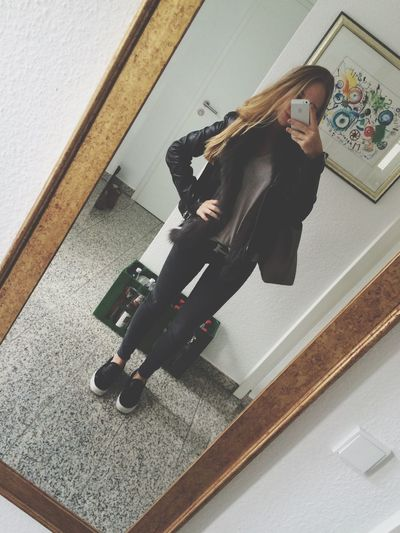 @charly Soonsushiii Hanging Out Afterschoolselfie