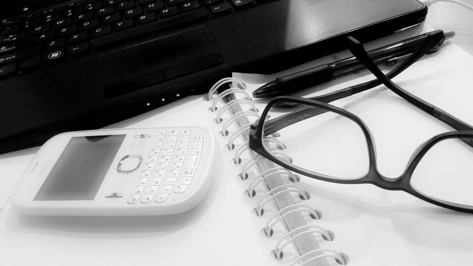 Showcase: February Officelife .. Black And White Glasses👌 Qwerty Keyboard Booklover Notebook