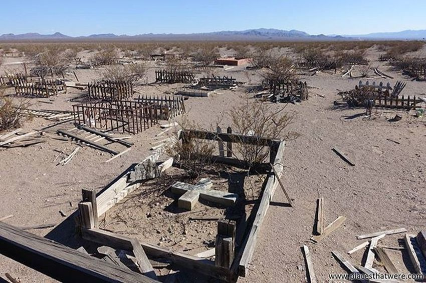 Weathered grave markers in the derelict Boulder City Pet Cemetery To learn the lore, go here: http://www.placesthatwere.com Abandoned Abandonednevada Abandonedplaces Bouldercity Bouldercitynevada Bouldercitypetcemetery Eldoradovalley Hauntednevada Nevada Petcemetery Petsematary Searchlightroad Urbanexploration Urbex