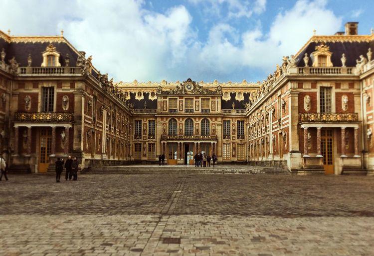 memories.. Architecture Building Exterior Travel Destinations History Day Travel Statue Façade Versailles France Francia France 🇫🇷