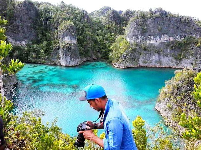 Bro you make me so jealou right now... Sea Swimming Rajaampat Brother