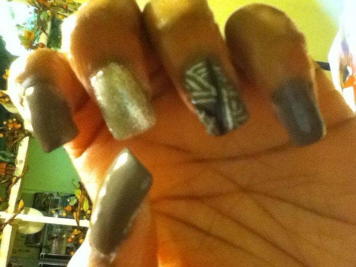 Blurry Af.. My Nailss For Now