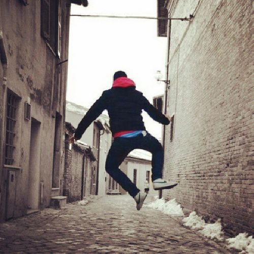 Me Vicoli Urbino Saltare Freedom Jump High Senza Pensieri Like Cute Likeforlike Like4like Love L4l Follow Followme Follow4follow Bestoftheday Picoftheday Bestgram  Instalike Instamood Igers