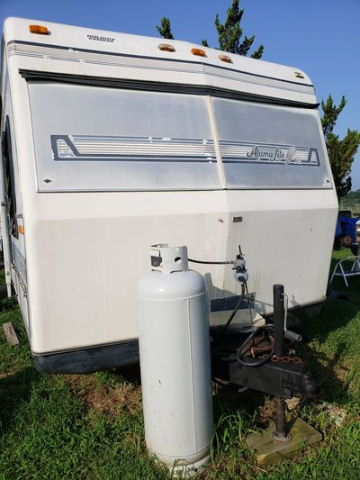 Propane Tank Tow Behind Alums Lite Xl Travel Trailer Propane Tank Camper Life Sky Gas Tank Refueling Deterioration
