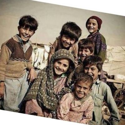 . . . . . . حاول ان تكون شخص بشوش إبتسم دائماً فالإبتسامه لا تعني أنَ الفرح يكسّوك، بل أنك راضٍ بقدر الله وبما كتبه عليك . . . . الى_احدهم ... ♡ . . . . . . . . . .