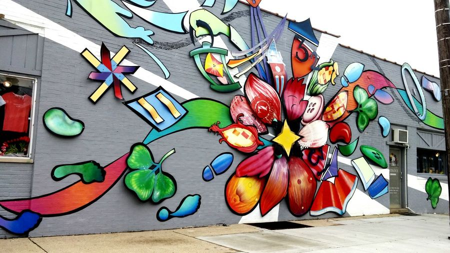 Street Art Hanging Out Hello World Check This Out Abstractions In Colors