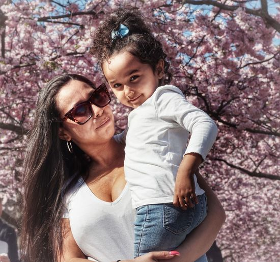 2019 Niklas Storm April Flower Tree Child Young Women Togetherness Smiling Women Happiness Females Beauty Cherry Tree Cherry Blossom Blooming Blossom Fruit Tree In Bloom Family Bonds My Best Photo