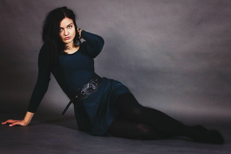 Hotgirl разлеглась Ведьма однозначно