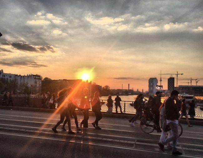 Berlin 1 Mai Street Taking Photos Peopleinthestreet Sunset Oberbaumbrücke