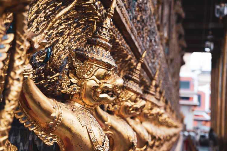 bangkok temple Religion Spirituality Belief Sculpture Place Of Worship Art And Craft Focus On Foreground No People Built Structure Creativity Gold Colored Statue Architecture Building Close-up Representation Craft Day Ornate Thailand Temple Bangkok Budism EyeEm Best Shots EyeEmNewHere EyeEm Gallery