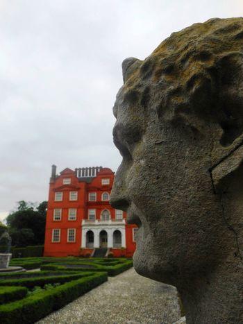 Sculpture Kew Gardens Kew Palace