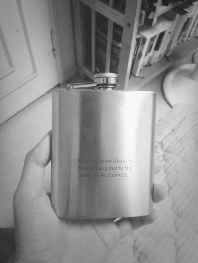 Hip Flask Flask GIN Alcohol reality is an illusion that occurs due to the lack of alcohol.