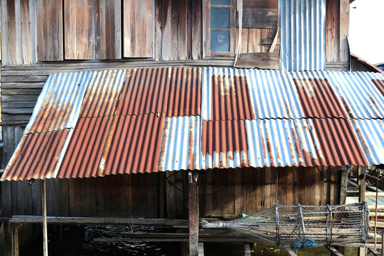 zinc roof Architecture Building Exterior Built Structure Corrugated Iron Day No People Outdoors Roof Zinc Roof