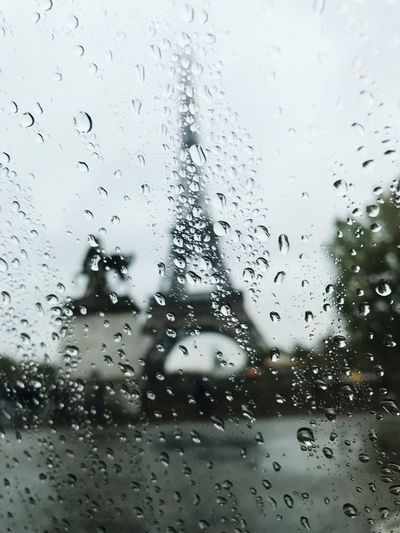 À Paris Paris Window Close-up Water Car Rain Full Frame Sky RainDrop Wet Drop Eiffel Tower Good Mood :) Road Check This Out Cold Temperature To Drive The Drive