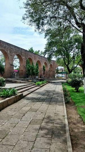 Acueducto Morelia Morelia, Mexico Mexico Mexico De Mis Amores Mexicolors Mexico_maravilloso Jardin