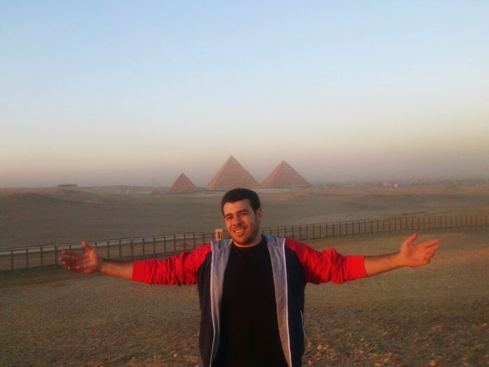Enjoying The Sun Hanging Out Faces Of EyeEm Enjoying Life Check This Out Cool Time Just Crazy Me  Pyramidsatgiza Be Crazy, Be Happy!!  Crazy Me كان يوم حلو و تجربه مش هتكرر :D