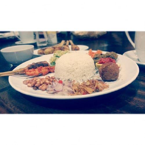 New year eve dinner Latepost Instafood Foodporn Nasicampurbali padahaldibandung