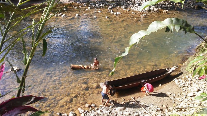Water Outdoors Nature Children Only Swimming Children Having Fun In The Summertime South America Ecuadorturistico Children Of The World Canoe And Water