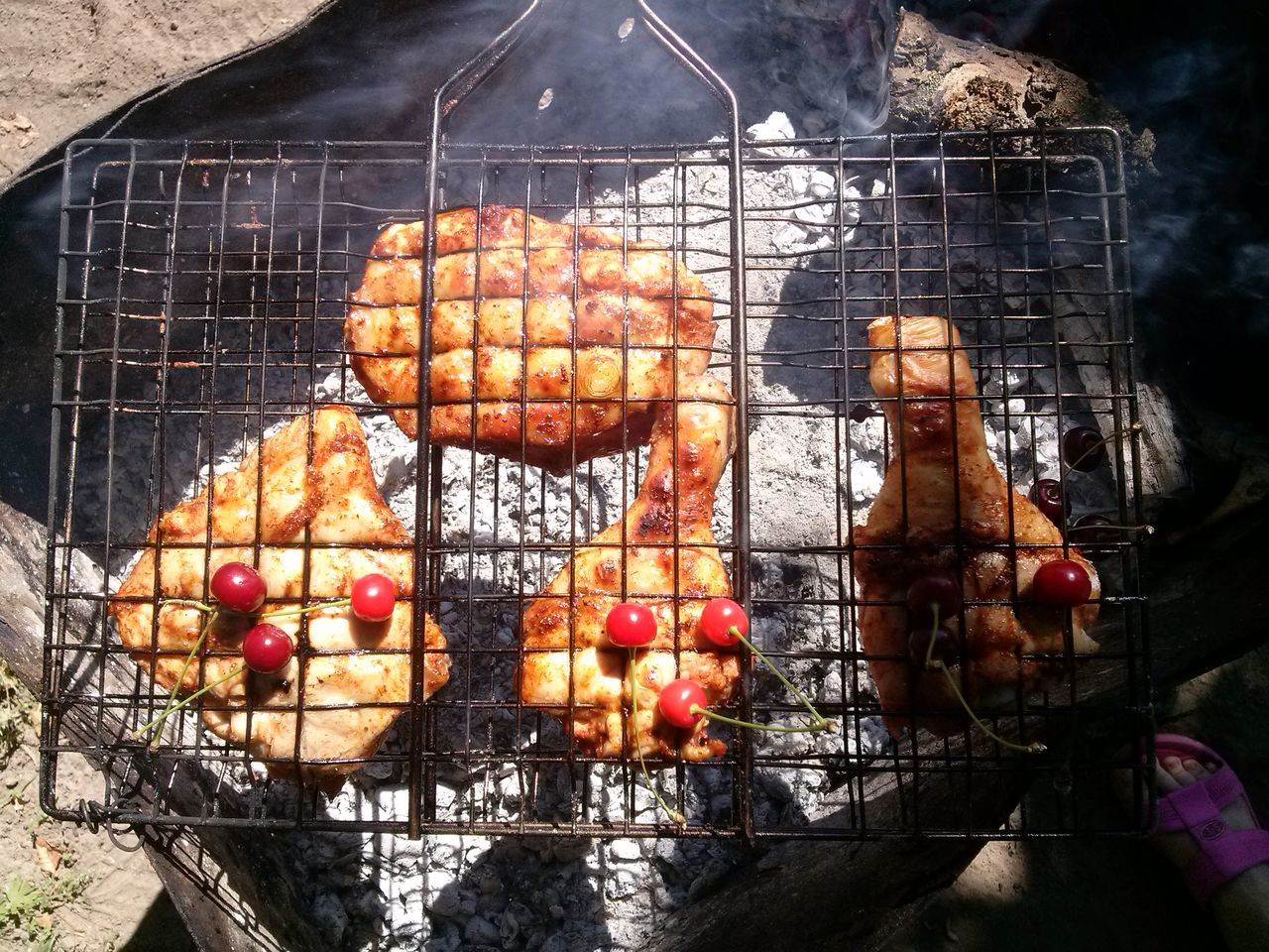 barbecue, barbecue grill, food and drink, preparation, grilled, food, day, no people, outdoors, meat, metal grate, healthy eating, freshness, close-up