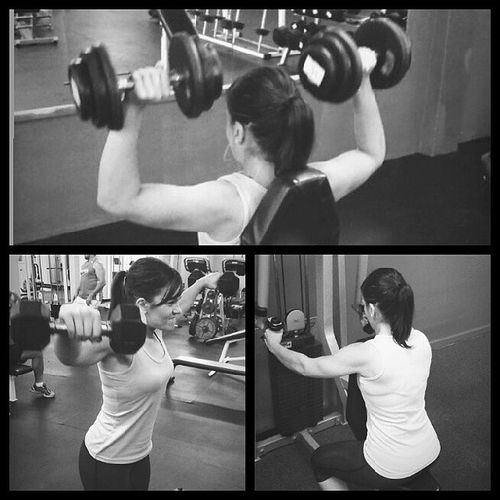 Shoulders! Heavy press & front raises - side raise drop sets (10/10) & rev flys @stejou16 Shelifts GirlsWithMuscle Nzmuscle Nzbodybuilding bodybuilding instagramfitness intsafit fitspo fitness gym fitnessgirls fitfemales doyouevenlift liftheavy