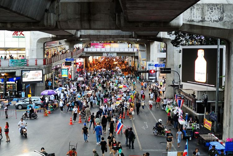 2014 Architecture Bangkok Built Structure City Life Crowd High Angle View Large Group Of People Lifestyles Market Market Market Stall Men Mixed Age Range Mops Möp Person Retail  Road Market Shopping Store Street Street Market Transportation Walking