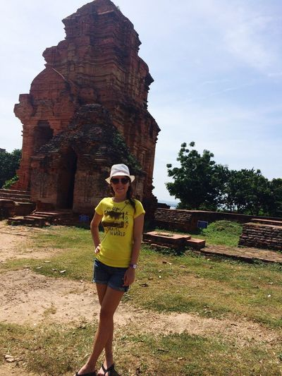 Tourist Vietnam Phan Thiet Religion Traveling Young Women Sightseeing
