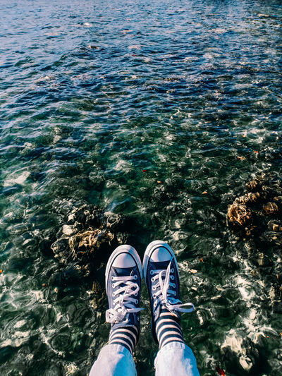 The girl who loved sneakers and beach