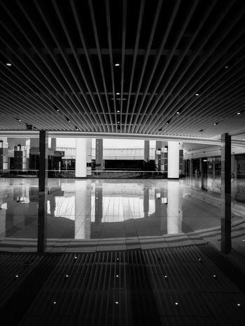 EyeEm Best Shots EyrEmNewHere Premium Collection EyeEm Selects Transportation Building - Type Of Building Ceiling Public Transportation Flooring Day Transportation Mode Of Transportation Indoors  Built Structure Architectural Column No People Architecture Sign Technology Illuminated Empty Travel