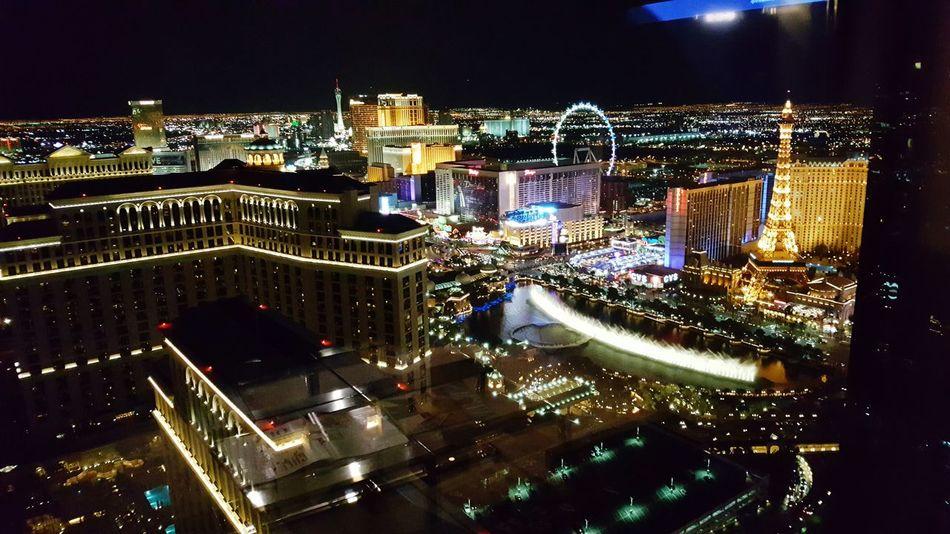 Room view night Night Illuminated Neon Pokerlife VEGAS🎲