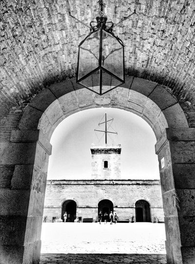 Barcelona Montjuiccastillo Montjuic Taking Photos Ligth And Shadow Black And White Photography Lines And Shapes Geometric Shapes B&w Travel
