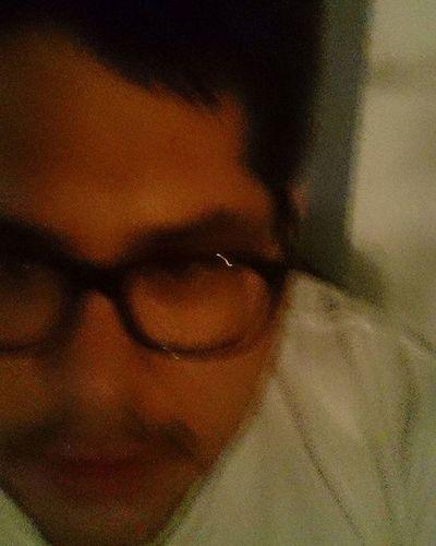 Mi REALIDAD es un BORRACHO apurado en una habitación llena de sillas VACÍAS Noche Réflexion Borracho Fotografia Imagen Frases Vacio Córdoba Psicologiando Yo Fernet Ella Fiesta Amigos Solo Ironía Realidad Ellasefue Estado