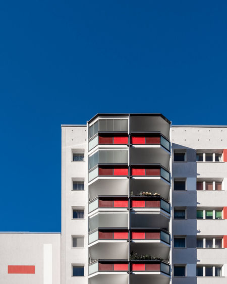 Blue No People Clear Sky Sky Fujix_berlin Ralfpollack_fotografie Minimalism Minimalist Photography  Architecture Building Exterior Built Structure Copy Space Building Sunlight City Modern Window Residential District Sunny Apartment