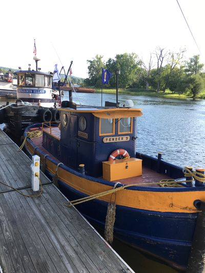 Transportation Tugboatroundup2016 Cohoes-New York Waterford_newyork Lock2 Waterfront