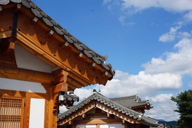 Gyeongju Korea Korean Korean Traditional Architecture Taking Photos Travel Traveling Trip Architecture Built Structure Low Angle View Roof Sky Sony A5000 Traditional Building