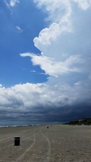Nofilternoedit Nofilter Beach Sky Cloud - Sky Full Length Thunderclouds Landscape Hilton Head Hilton Head Island Hilton Head Island, SC SC Beautiful Horizon Over Water Sky And Clouds Sand Blue Scenics Recycle Tourism Travel Destinations Water Tranquility Tire Tracks Ocean