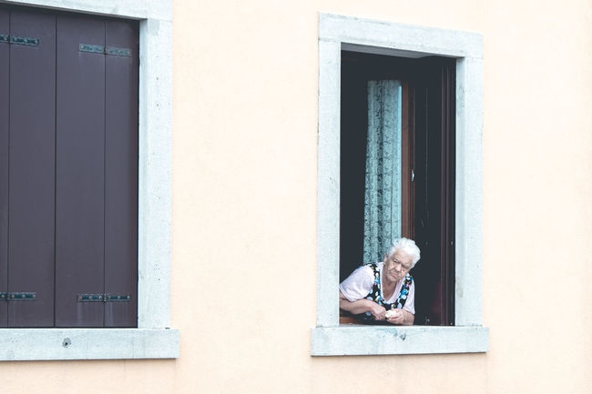 Street Architecture Streetphotography Looking Real People Window Day Chioggia Pictureoftheday Fujifilm Lifestyles Fujifilm_xseries Guardare One Person Senior Adult Chioggia, Italy FUJIFILM X-T2 Marcocastellettiphoto