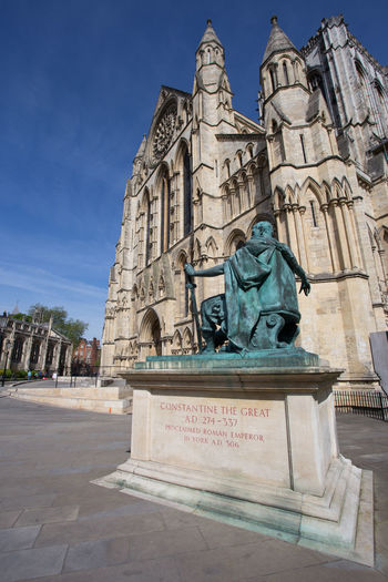 The statue of the Emperor Constantine outside the south entrance to York Minster, York, England Cathedral Emperor Constantine Gothic York York Minster  Architecture Belief Building Building Exterior Built Structure History Medieval No Clouds Outdoors Place Of Worship Religion Roman Sky Spirituality Spring Springtime Statue Stone Building Sun Travel Destinations