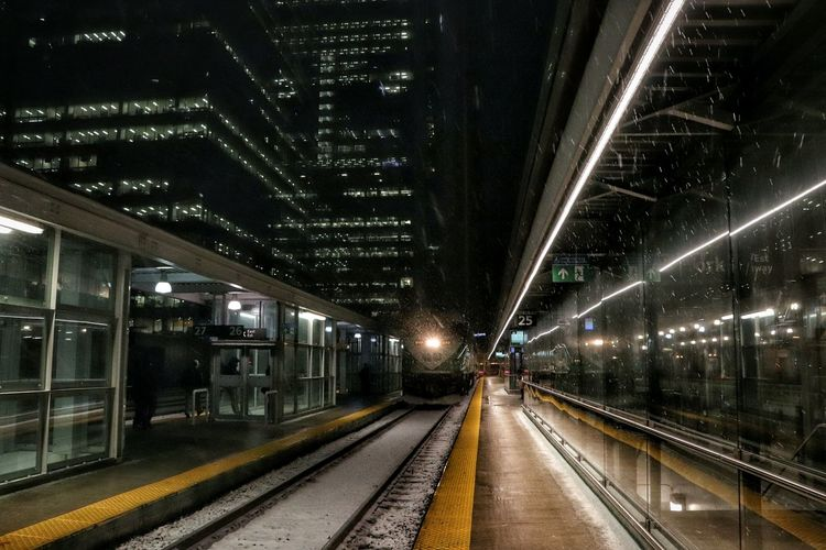 Transportation Railroad Track Rail Transportation Night Railroad Station The Way Forward No People Illuminated Train Mobility In Mega Cities Toronto Canada Outdoors Built Structure City Urban Skyline Snowing Winter Union Station Stories From The City Adventures In The City #FREIHEITBERLIN The Traveler - 2018 EyeEm Awards The Street Photographer - 2018 EyeEm Awards The Great Outdoors - 2018 EyeEm Awards The Architect - 2018 EyeEm Awards HUAWEI Photo Award: After Dark #urbanana: The Urban Playground Holiday Moments 17.62°