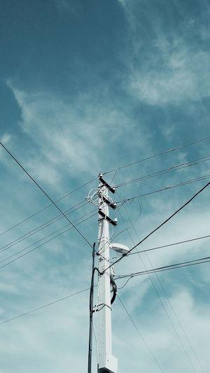 Electric train post