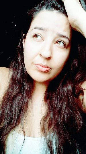 Triste Piensoenti Teodio Women Selfie ✌ Relax
