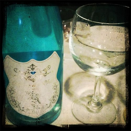門出を祝うお酒で乾杯http://www.dell-brook.com/!