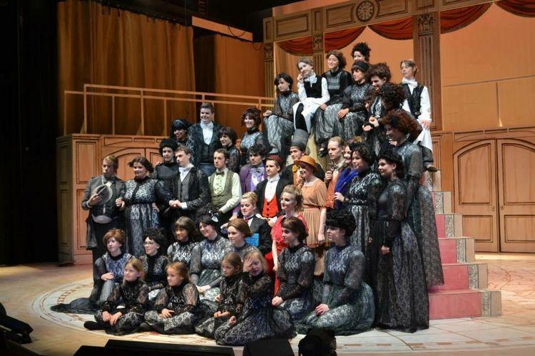 JeugdtheaterHofplein On Stage Theatrekids Theater Cast: Reis om de wereld in 80 dagen. Regie: Carla van Driel.