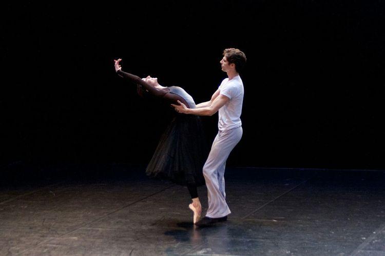 Dance Dancers Danceuse