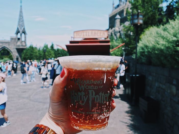 Drink Human Hand Beer - Alcohol Food And Drink Real People Refreshment Human Body Part Beer Glass Holding Built Structure Building Exterior Focus On Foreground Architecture Alcohol One Person Beer Outdoors Lifestyles Harrypotter Harry Potter Universal Studios  Universal Studios Japan Vscocam Vscogood VSCO