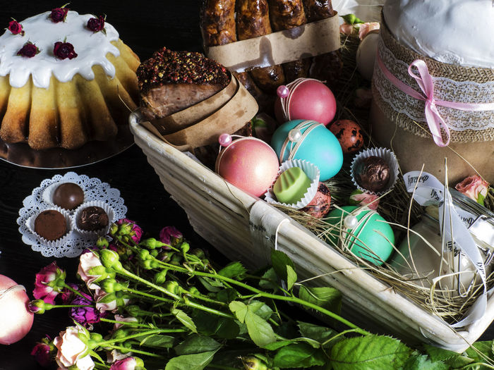 Easter sweets and decoration