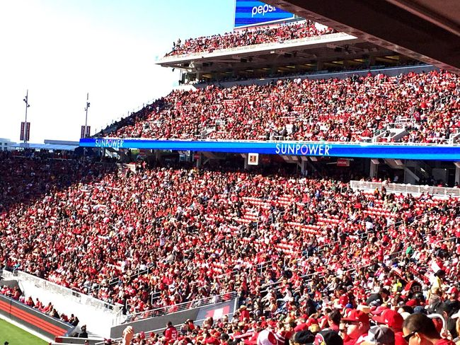 49ers 49ersfans Football Arizona Cardinals Santaclara Levistadium Arena Sports Photography Sports Red Massive Crowds Rush Sun Chilly Day