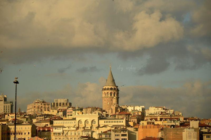 Galatakulesi Galatatowermanzara Manzara Istanbuldayasam Anlatistanbul Huzur Severekçekiyoruz Anilarinisakla Istanbuldayasam📷 First Eyeem Photo