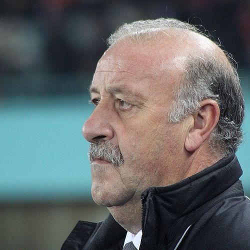 Del Bosque! ?? Photochallenge Favoritealltimemanager Delbosque Campeondelmundo campeondeeuropa españa realmadrid